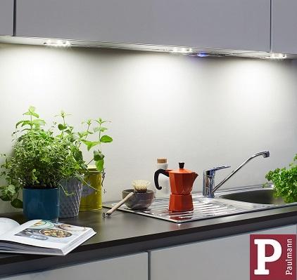 kuhinjske-podlementne-pohištvene-senzorske-svetilke-luči-na-senzor-paulmann