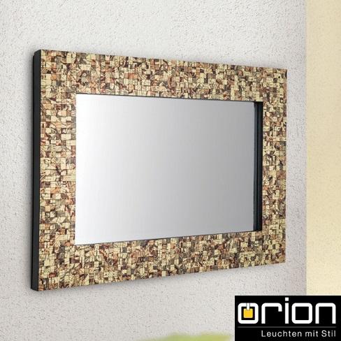 ogledala-za-kopalnice-z-okrasnim-okvirjem