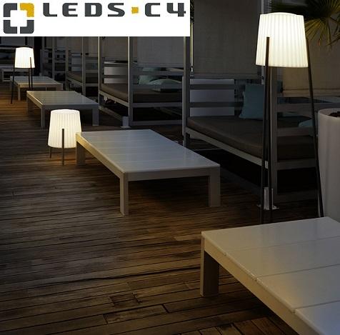 zunanje-stoječe-dekorativne-svetilke-za-terase-in-balkone