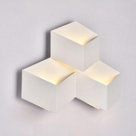 stenske-ambientalne-led-luči