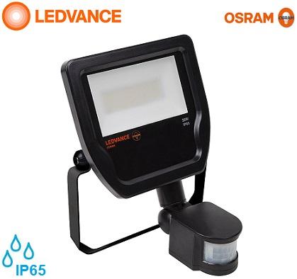 senzorski-zunanji-led-industrijski-reflektorji-osram-ledvance-ip65-20w-črni