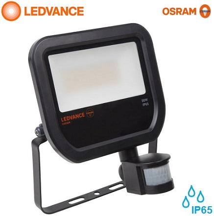 senzorski-zunanji-led-industrijski-reflektorji-osram-ledvance-ip65-50w-črni