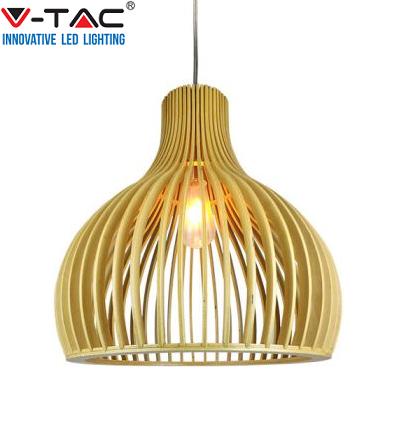 lesena-viseča-svetila-lustri
