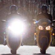 LED SIJALKA ZA MOTOCIKLE IN SKUTERJE KRATKI-DOLGI SNOP 20W 1650/2100 Lm CREE CHIP 6000K