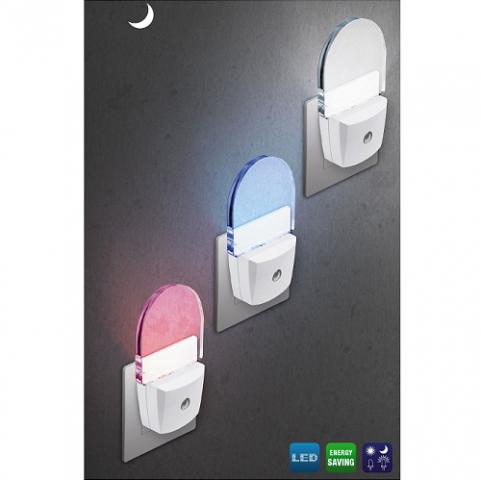 nocna-led-lucka-za-v-vticnico-s-senzorjem-svetlobe.png