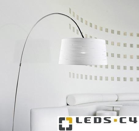 stoječe-svetilke-za-osvetlitev-jedilne-mize-sedežne-garniture